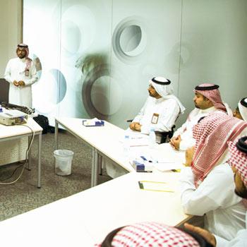 al-yamamah-graduates-thmb